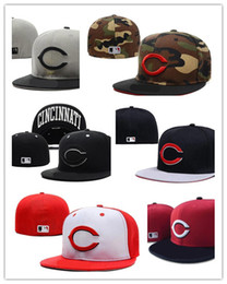 Wholesale Gray Hats - 2017 Newesrt Cheap Wholesale-Men's Cincinnati Reds sport team fitted cap two tone full closed design baseball hat in black light gray