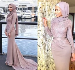 Wholesale Coral Ribbon - 2018 Dusty Pink Muslim Evening Dresses Hijab Scoop Neck Appliques Ribbon Sash Satin Mermaid Prom Dresses Formal Gowns Sweep Train