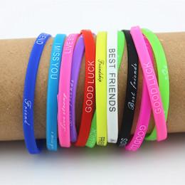 Gros lots 100 pcs mélanger les couleurs Lettres Imprimer silicone Bracelet bracelet 5mm Élastique En Caoutchouc Amitié Bracelets hommes femmes bijoux MB192 ? partir de fabricateur