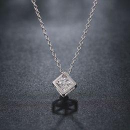 Medallones cuadrados online-2017 Fashion Square Crystal Necklace con Crystal Box Collares pendientes Collares Colgantes Joyería Declaración Medallón Collares