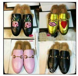 Wholesale Ladies Velvet Flats - 2017 Fashion Brand Street Style Ladies Princetown Leather Slippers Velvet Fur Loafers Women Slides Slip On Flats Designer Lazy Shoes Woman