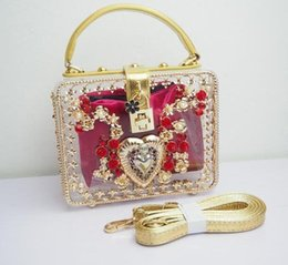 Wholesale noble diamonds - Factory wholesal brand package noble elegant carved acrylic Dinner Bag luxury exquisite carved woman handbag exquisite lock woman carved bag