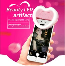 Wholesale Charms Holders - Universal Charm eye LED Flash Selfie fill Light Heart Shape Mini Flashes Clip with big mirror case & phone Holder for Smartphone