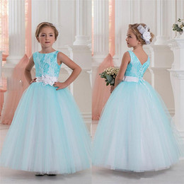 Wholesale Halter Wedding Dress Feathers - 2016 New Arrival Camo Flower Girl Dresses Halter Ball Gown Ruffles Denim Tulle Long Forest Country Style Mother Daughter Dresses