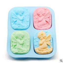 Il silicone muove il bambino online-Stampi di sapone fai da te Biscotti Dessert Fare modello Candy Jelly Cake Teglia da forno per bambini Angolo di cottura quadrato Stampi per dolci Spedizione gratuita