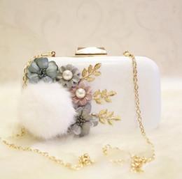 Canada Usine des ventes en trois dimensions fleur femme en cuir sac à main femmes sac marque de mariage demoiselle d'honneur dîner Maomao femme sac de dîner cheap bride bridesmaid flower bag Offre