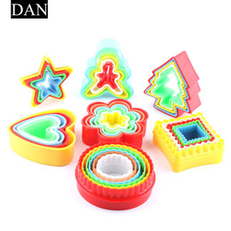 Wholesale Abs Moulding - 5pcs set Round Various Mould Fondant Cake Biscuit Baking Cookie Plunger Cutter Decor Stars Christmas Tree Mould Food Grade ABS