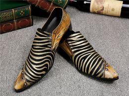 2019 zapatos de tacón uk Marca Oxford zapatos de cuero de los hombres zapatos de boda Slip on UK moda amarillo zapatos de vestir de negocios de los hombres talones calzado de gran tamaño 46 rebajas zapatos de tacón uk