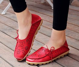 Wholesale Lime Green Flats - Women's Casual Shoes Genuine Leather Woman Loafers Slip-On Female Flats Moccasins Ladies Driving Shoes free shipping K1-18