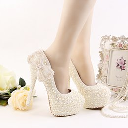 Wholesale Ivory High Heels Bow - Luxury Ivory Wedding Dress Shoes High Heel Platform Bridal Shoes Ivory Pearl Formal Dress Shoes Handmade High Heel Prom Pumps