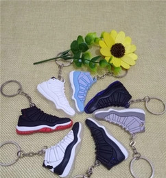Wholesale Men Key - Shoe Parts Accessories keychains key chain men women shoes kids cheap sell hot wholesale discount sports casual socks shoes
