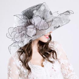 2019 свадебные шапки серые 2017 новый элегантный серый тонкой марли большие поля шляпа партии церковь свадебные шляпы мода шляпа Солнца шляпы 5 цветов дешево свадебные шапки серые