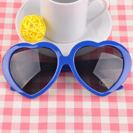 Wholesale Vintage Heart Shaped Glasses - Wholesale-Sunglasses UV Protection Retro Heart Shape Glasses Vintage Eyewear Fashion Stylish Summer Eyeglasses