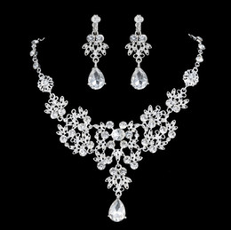 Wholesale Evening Earrings Crystal - Luxury Flower Rhinestones Bridal Jewelry Sets 4 Colors Crystals Wedding Necklaces And Earrings For Bride Prom Evening Party Accessories