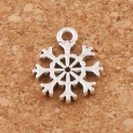 Wholesale small bracelets - Small Snowflake Charms Pendants Fashion 400pcs lot Tibetan Silver Jewelry DIY Fit Bracelets Necklace Earrings L734 11x13.2mm