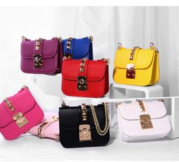 Wholesale Messenger Bags Logo - Wholesale-Rivet Lock women's messenger bags Without LOGO small chain crossbody bag   shoulder bag   Valentines day clutch