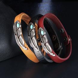 Canada Europe et les États-Unis vendant des bijoux en alliage en gros punk style bracelet rétro bracelet en cuir de plume turquoise bracelet Offre