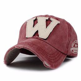 Berretto da baseball Snapback di cotone con ricamo lettera B Cappellino con  visiera a forma di berretto con cappuccio per uomo personalizzato baseball  ... 657b629b185a