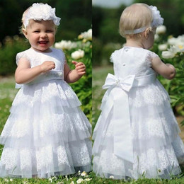 Canada Tiered Cupcake Tulle First Communion Robes 2017 Lace Appliques Floor Length Toddler Pageant Flower Girl Robe pour mariage Bracelet en élastique Offre