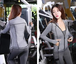 Wholesale Grey Women Suits - Autumn and winter new women's sportswear suit yoga clothing Slim breathable sweat three-piece long-sleeved jacket trousers