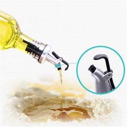 Wholesale Bottle Flip Tops - Oil Sprayer Liquor Dispenser Wine Corks Pourers Flip Top Beer Bottle Cap Stopper Tap Faucet Bartender Bar Tools OOA1992