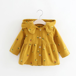 Wholesale Korea Hooded Trench - Cute Little Girls Hooded Pineapple Trench Coats 2017 Fall Kids Boutique Clothing Korea Style 1-4T Baby Girls Windbreaker Outerwear