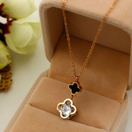 Wholesale Top Girls Jewelry - Top Quality 316L Titanium steel Jewelry Lucky Flower Women Charm Necklace and Diamond For Woman and girl Necklace Valentine's day or Mother
