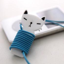 Sevimli kedi kulaklık kablo sarıcı Kauçuk made cat oğlan kız şekil siyah beyaz cep telefonları için kulaklık kablo tutucu ipad pc kablo kaleci supplier black phone holder nereden siyah telefon tutacağı tedarikçiler