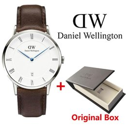 Wholesale business gifts for women - High quality top luxury brand Daniel women men watches fashion leather calendar style rose gold silver for mens watch with gift box