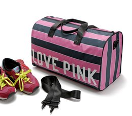 Wholesale Wholesale Tote Bag Luggage - Vs Pink Striped Travel Bags Pink Letter Large Capacity Crossbody Bag Luggage Bag Waterproof Beach Shoulder Bag OOA1303