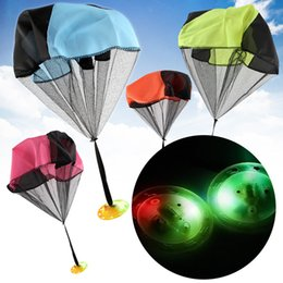 Wholesale Parachutes For Kids - Children Hand Thrown Parachute Toy Creative Design Light Shine UFO Ballute For Kid Outdoor Toys Multi Color 5 4xd C