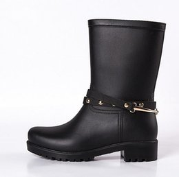 Wholesale Ankle Wellies - New Women Fashion PVC Mid-calf Rain Boots Flat Heels Non-slip Rainboots Waterproof Water Shoes Wellies With Buckle