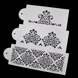 Wholesale Wedding Stencils - 3Pcs Wedding Cake Fondant Cake Decorating Tools Princess Queen Lace Bakeware Baking Plastic Fondant Cake Stencil