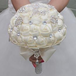 Deutschland Hochzeit Bouquets Hochzeit Brautstrauß Gefälschte Rose Blume Perle Blumen Mit Band Handgefertigte Neue Dekoration Versorgung