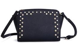Sac à bandoulière noir en Ligne-2017 mode femmes sacs à main en cuir spike stud sacs dames diamant sacs à bandoulière sacs noirs et blancs mini-rabat