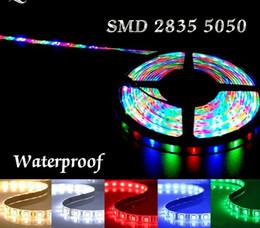 2019 ha condotto le luci del nastro della striscia di natale Striscia LED RGB Impermeabile flessibile Lampada al neon smd 5050 2835 12v 5m bianco ledstrip LED Ribbon illuminazione Decorazioni natalizie sconti ha condotto le luci del nastro della striscia di natale