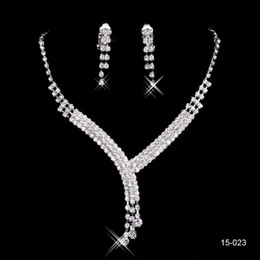 Wholesale Cheap Gifts For Bridal Party - 2017 Shinning Rhinestone Blue Lady Necklace Earring Sets Bridal Accessories Jewelry for Wedding Party Evening Prom In Stock Cheap 15023