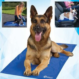 Wholesale Ice Cooling Mat - Pet Ice Mats Cat Dog Cooling Gel Pad Puppy Summer Sleeping Mat Pet Supplies Versatile Blue Soft Dot Pattern 30tf J R