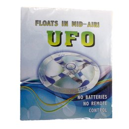 Wholesale Magic Tricks Free Shipping - New Arrival ! Novetly Toys Magic Tricks Flying Disk Amazing Magic Games Floating UFO Toys Free Shipping