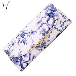 Wholesale Cheap Blue White Porcelain - Cheap Panelled Lozenge Metal Lock Messenger Flap Ladies Chinese Hot Birthday Porcelain Large Factory Folk Custom Plush Handbag Wholesale