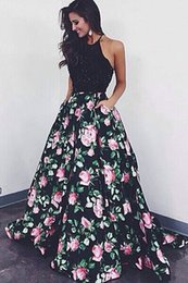 Wholesale Vintage Halter Tops - 2017 New Sexy Halter Satin Long Prom Dresses Beaded Stones Top Floral Print A Line Floor Length Formal Party Evening Dresses