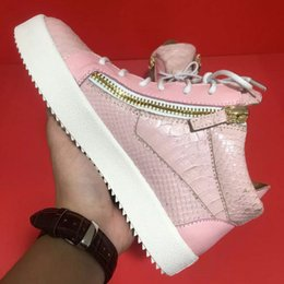 Wholesale Buckle Board - Free postage new Men and women 100% genuine leatherPink serpentine pattern shoes Top quality assurance Fashion with zipper board shoes