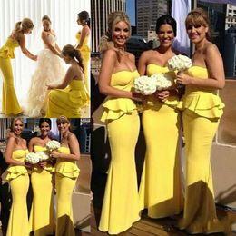 Vestido de dama de honra de cetim amarelo cetim on-line-Mais recente Simples Querida Pescoço Amarelo Cetim Longo Vestidos Dama de Honra Empregada da Honra Vestidos Vestido Madrinha Pregas Longos Vestidos de Noite