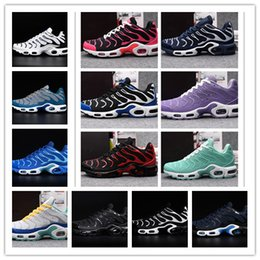 Wholesale Tn Max - Wholesale 2017 Plus Maxes TN KPU Running Shoes Men Women sports shoes sneakers black white discount Runner trainers With Box size 36-47