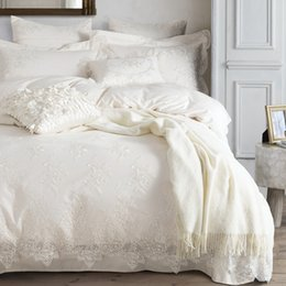 Wholesale Egyptian Sheet - Wholesale- 100% Egyptian cotton Bedding set White luxury Embroidered duvet cover set King Queen bed sheet bedsheet bedline funda nordica