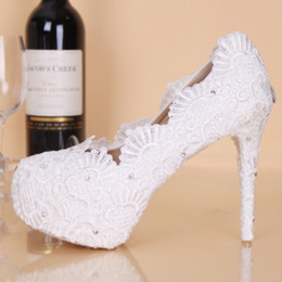 Wholesale Shoe Bride Cheap - 2017 New Lace High Heel Wedding For Bride Shoes Cheap Price 11 CM Heels Rhinestones Round Toe Bridal Party Shoes Pumps