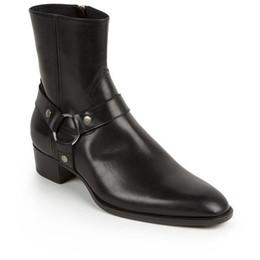 Botas de invierno para hombres online-Clásico Wyatt Botas occidentales de los hombres de marca de estilo de cuero negro Motorcylcle Boots hombres caballeros zapatos otoño invierno 2017