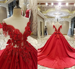 Wholesale Satin Crystals Bow Evening Dress - Luxury Red Ball Gown Evening Dresses Off Shoulder Appliques Satin Sheer Back Prom Dresses Illusion Bodice Quinceanera Dresses Sweet 16 Gown