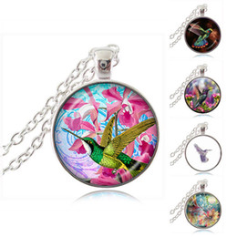 Wholesale Hummingbird Charms - Hummingbird Necklace Colorful Flower with Bird Pendant Fashion Jewelry Glass Cabochon Time Gem Charm Accessories Natural Animal Photo Choker