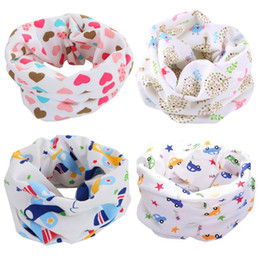 Wholesale Strawberry Scarves - Wholesale- Cotton Baby Scarf Car Plane Heart Strawberry Design Printing Kids Scarves Winter Children Collars Boys Girls O Ring Neckerchief
